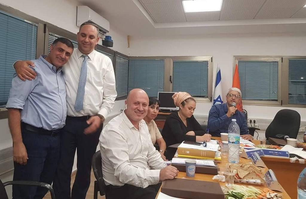 ראש העיר יאיר רביבו מינה את יוסי הרוש לממלא מקומו