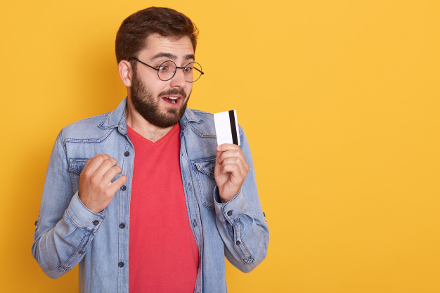 יתרונות וחסרונות של כרטיס אשראי נטען