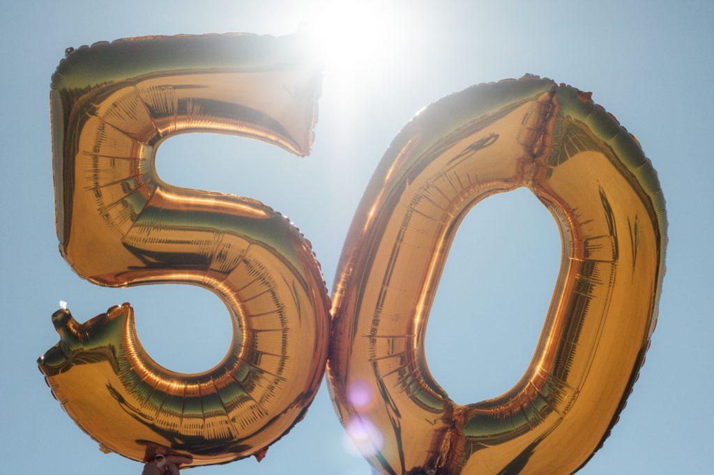 גם יום הולדת 50 הוא סיבה מושלמת לאירוע מרגש